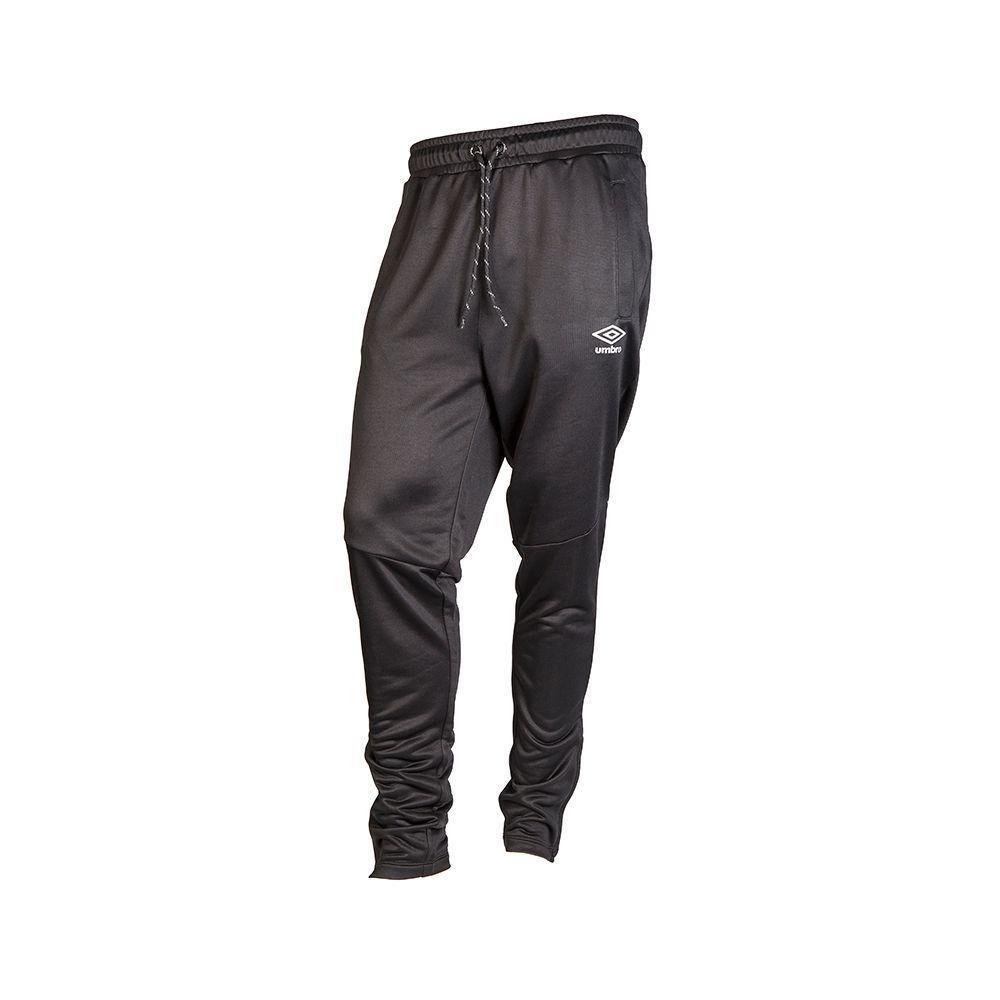 Pantalón de Buzo Umbro Hombre CP Tapered Knit CPTPFW1904-BK Negro